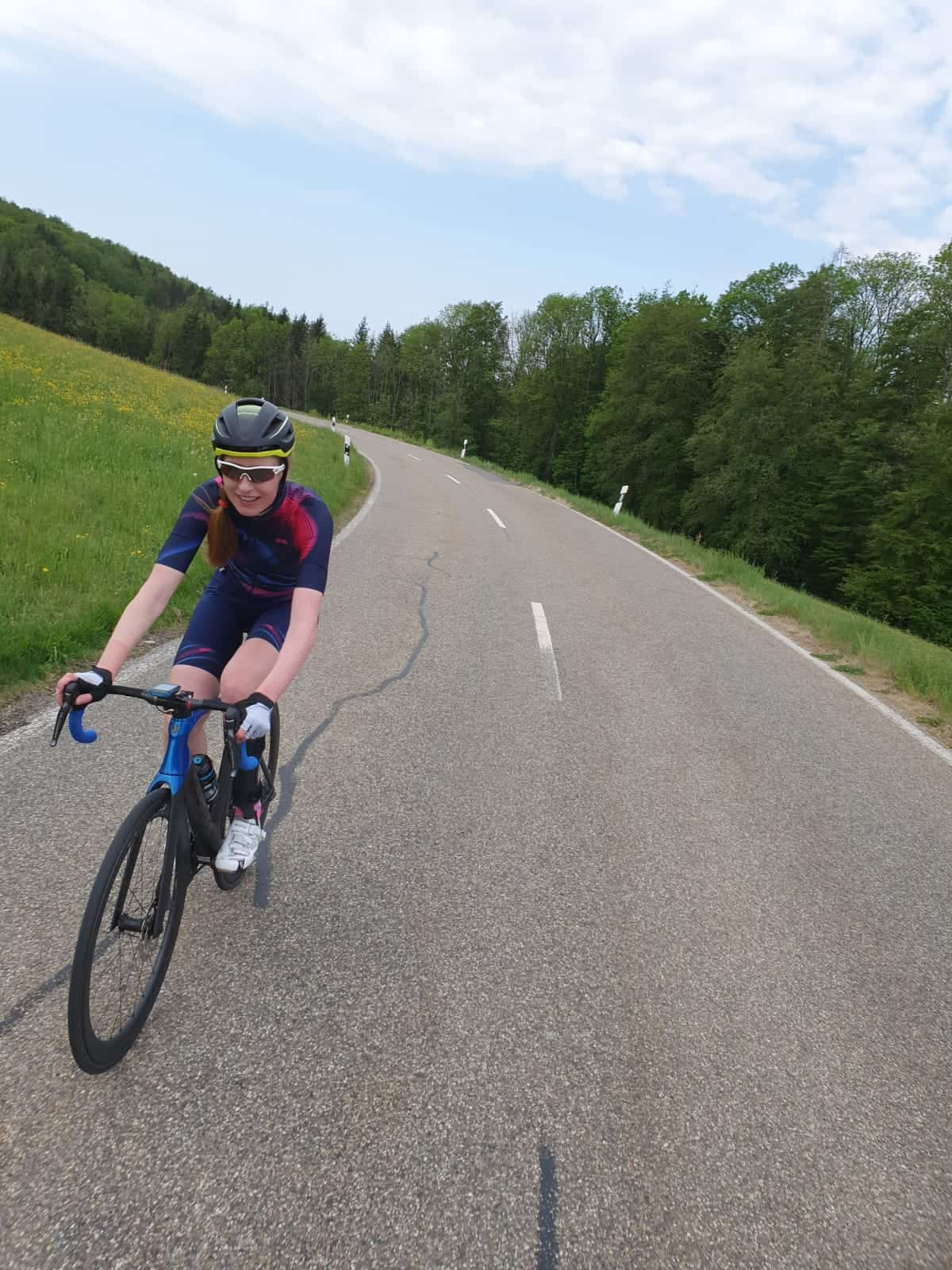 Raphaela bei einer Radtour
